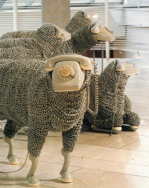 Phone sculpture sheep3